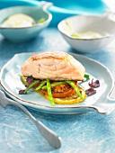 Lachsfilet mit Tomaten, grünen Bohnen und Zitrone