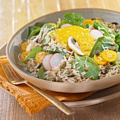 Rice, radish and kumquat salad with curry sauce