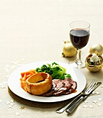 Roast beef,Yorkshire pudding and vegetables