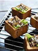 Pilzragout in ausgehöhltem Brot