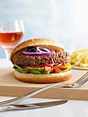 Burger mit Paprika und Keniabohnen
