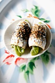 Steam-cooked sugar pea and sardine rolls