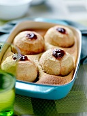 Cake-style baked apples