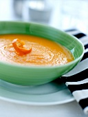 Cream of carrot soup with orange