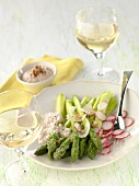 Asparagus and radishes with walnut sauce
