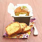 Chicken and tarragon savoury cake