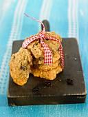 Quinoa and raisin cookies