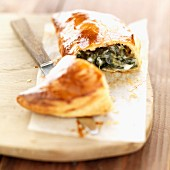 Individual spinach and gorgonzola pie