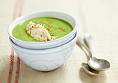Pea soup with crabmeat quenelle