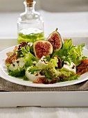Fig,mozzarella and fried diced bacon salad