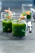 Watercress soup with shrimps