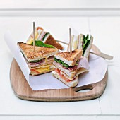 Ham and chese club sandwiches