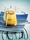 Pear with butter and galettes