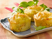 Chicken and cheese individual savoury cakes