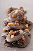 Dark chocolate and dried fruit palets
