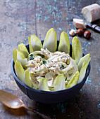 Fenchelsalat mit Chicorée und Käse