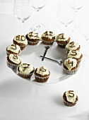 Clock-shaped chocolate cupcakes