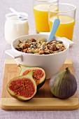 Seedy fruit muesli