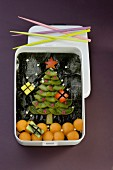 Christmas tree-shaped Bento