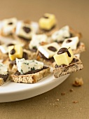 Chocolate and cheese canapés