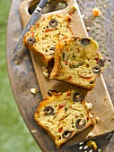 Grilled pepper, olive and pecorino savoury cake