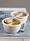 Individual raisin puddings