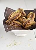 Choco-pistachio whoopies