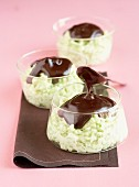 Pistachio rice pudding with chocolate sauce