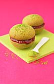 Green tea and raspberry jam Whoopie