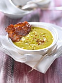 Cream of split pea soup with crisp bacon