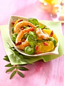 Shrimp,spinach and tangelo salad