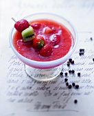 Strawberry soup with jasmin and Pondichéry pepper