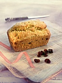 Dried cranberry and sweetcorn cake
