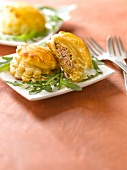 Mini flaky pastry meat pies