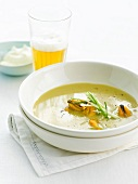 Mussel and white beer soup
