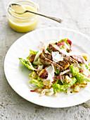 Cesar's Salad mit Hähnchenbrust