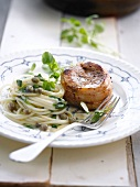Roasted veal médaillon,spaghetti with capers