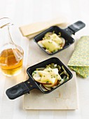Apple-leek Raclette