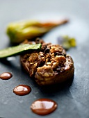 Pan-fried foie gras with dried fruit,creamed Espelette pepper sauce