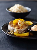 Pan-fried tuna with paprika and yellow bell peppers