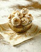 M 'chekek (Kleingebäck mit Mandeln aus Algerien)