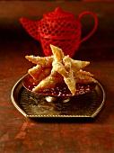 Griwechs (Frittiertes Kleingebäck mit Sesam, Algerien)