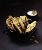 Beetroot tempuras with creamy horseradish sauce