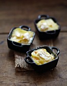 Camembert Tartiflette mini casseroles