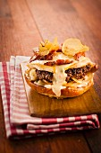 Hamburger with Raclette cheese