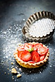 Strawberry shortbread tartlet