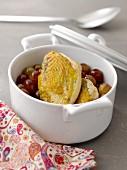 Guinea-fowl supreme and red grape casserole