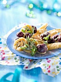 Tempuras-style fruit fritters