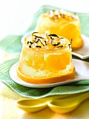 White tea-flavored citrus fruit jelly