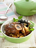 Osso-bucco with fried artichokes